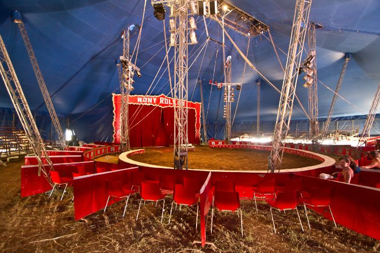 2016-01-15 El Papa Francisco invita al circo a 2.000 sin hogar