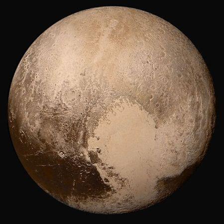 Plutón desconcierta a la NASA