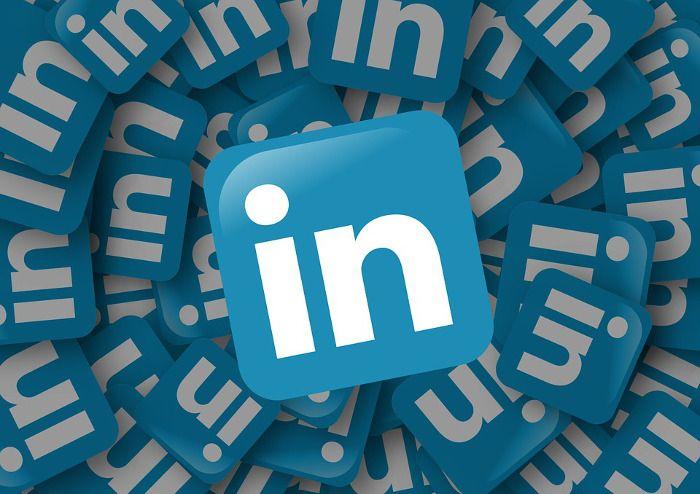 2016-02-06 LinkedIn se hunde en bolsa cae un 43% en un solo día