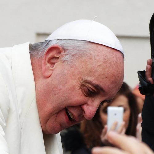 2016-03-06 El Vaticano recibe cada año más de 600 denuncias por pederastia