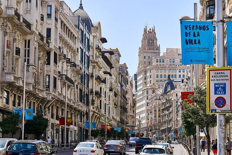 Y mientras en Madrid - DiarioE
